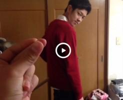 【Vine動画】スリ筋イケメンの服が!?指パッチン一発で素っ裸になるトリック動画がエロいw