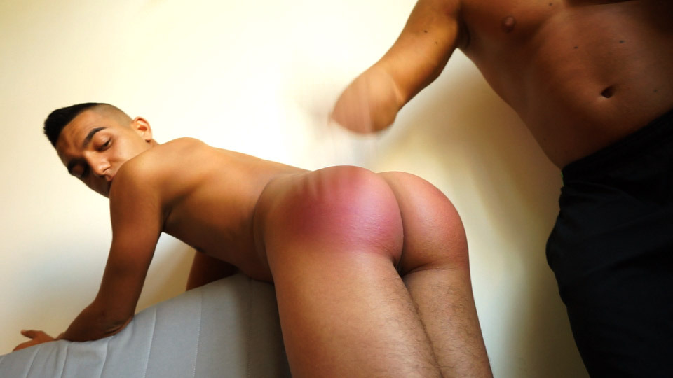 Bubble Butt Latino Jarik