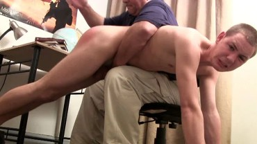 hand_spanked-122