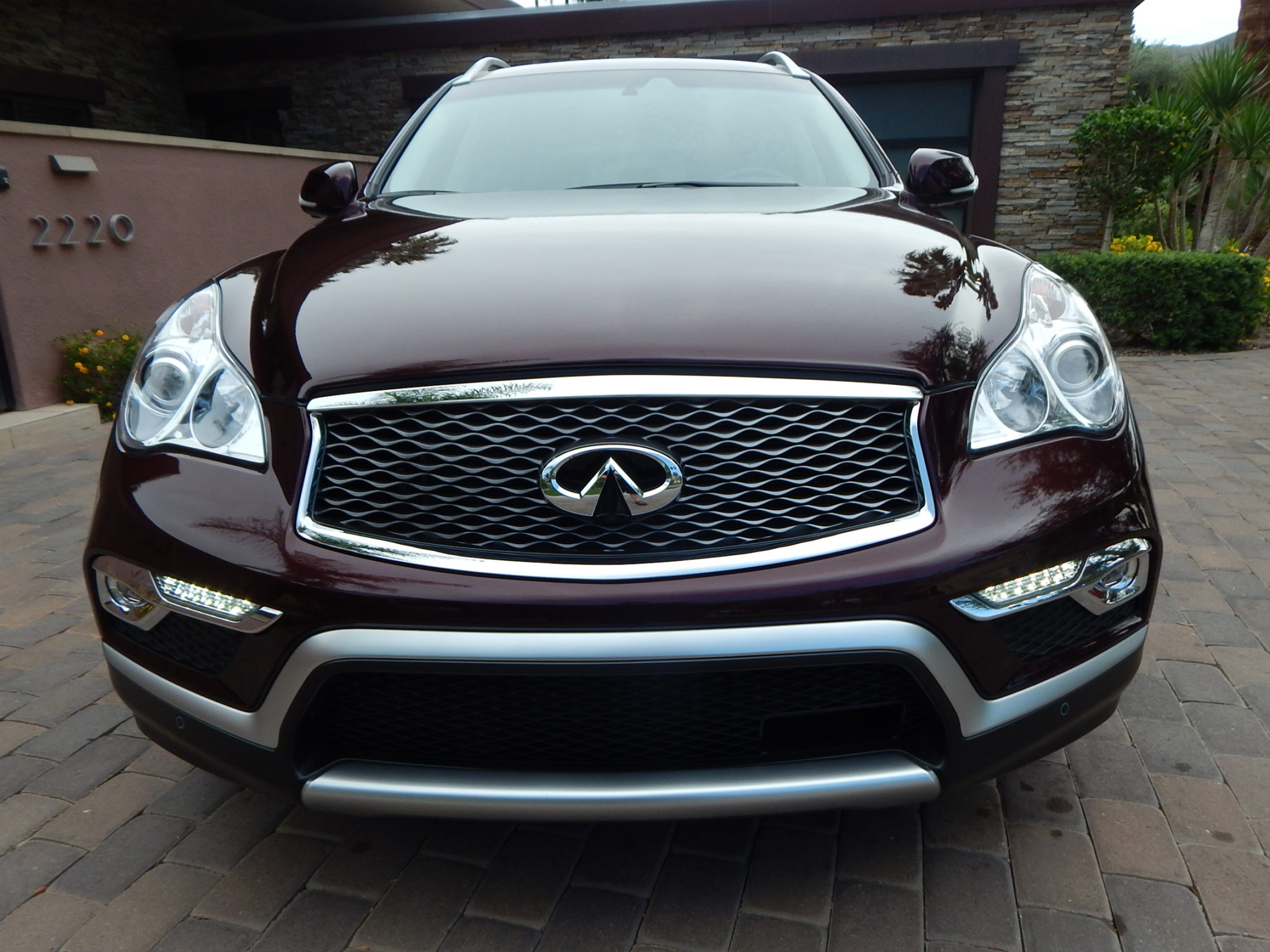 2016 infiniti qx50 a few inches can make a big difference gaywheels. Black Bedroom Furniture Sets. Home Design Ideas
