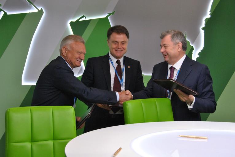 Калужская область заключила соглашение о сотрудничестве  с Санкт-Петербургом