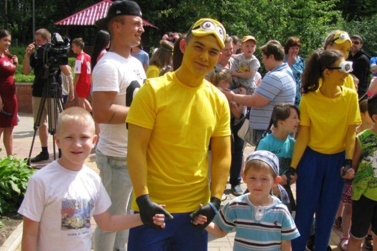 Кондровский детский дом посетил фонд «Мастерская счастья»