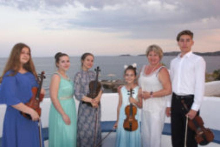 Юный скрипач