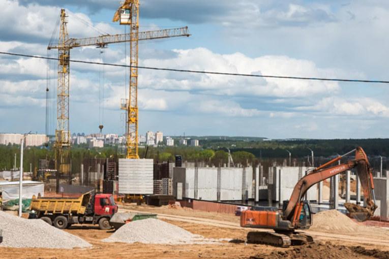 Владислав Шапша провёл рабочее совещание на строительной площадке кампуса Калужского филиала МГТУ им. Баумана