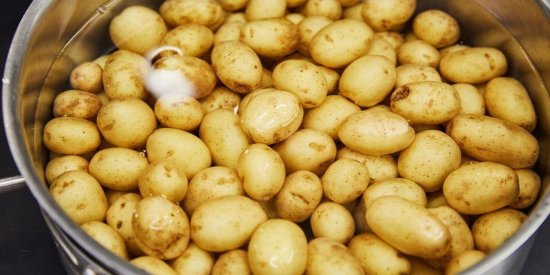 Large Of How Long Do You Boil Potatoes