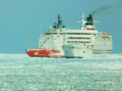 450_ice_cruises_090127