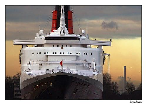 Cunard Ocean Liner Queen Elizabeth 2