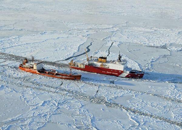 uscgc healy arctic icebreaker icebreaking bering sea renda escort