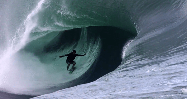 teahupoo tahiti big wave surfing