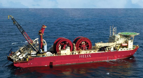 Helix Express pipelay vessel