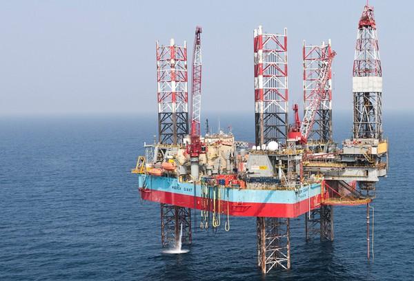 maersk giant drilling rig jackup