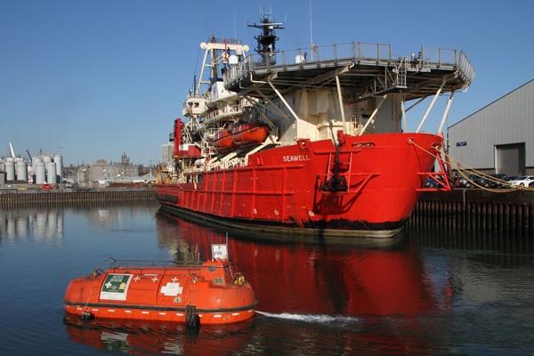 Helix ESG Seawell lifeboat