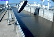 VIDEO: How NOT to Put a Yacht in the Water