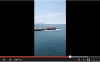 Bulk Carrier Runs Over Cargo Ship in Singapore Straits [VIDEO]