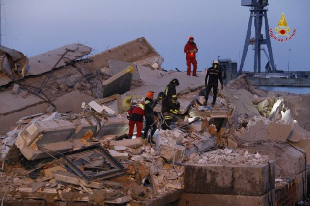 genoa pilots control tower collapse