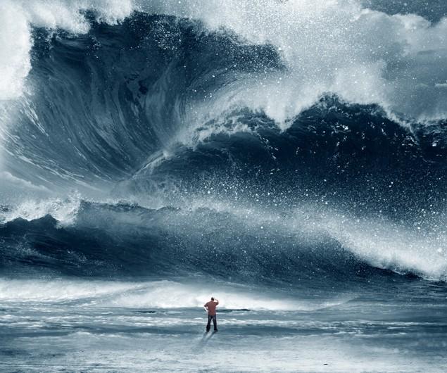 tsunami wave ocean