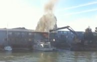 WATCH: Quick-Thinking Tug and Barge Crew Extinguish Apartment Fire