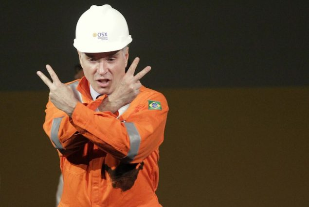 Brazilian billionaire Eike Batista, CEO of EBX Group, gestures to the audience during a ceremony in celebration of the start of oil production of OGX, his oil and gas company, at the Superport Industrial Complex of Acu in Sao Joao da Barra in Rio de Janeiro in this April 26, 2012 file photo. REUTERS/Ricardo Moraes/Files