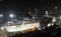 Time Lapse Video: Cruise Ship Cut in Half, Stretched