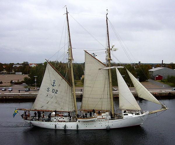 HMS Falken phot
