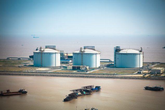 lng storage tanks yangshen port china
