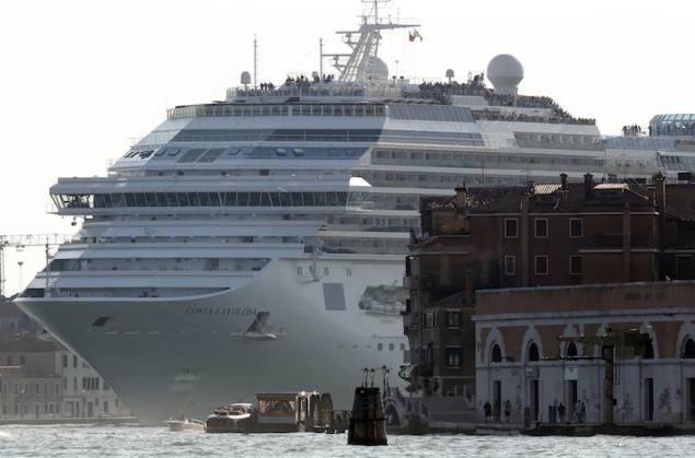 The Costa Favolosa cruise ship is seen in Venice lagoon in this June 16, 2012 file photo. REUTERS/Stefano Rellandini/Files