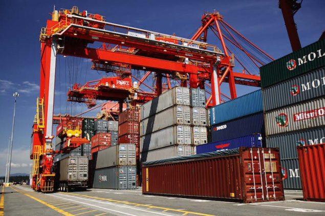 Cargo operations at Port Metro Vancouver. Photo courtesy Port Metro Vancouver