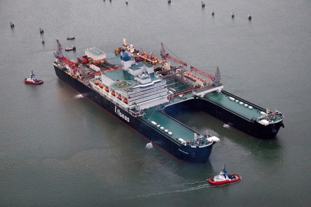 Pieter Schelte arrives in Rotterdam, January 2015. Photo: KOTUG International B.V.
