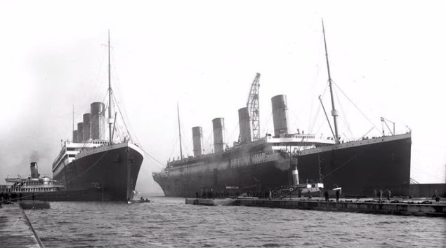 RMS Olympic and Titanic side-by-side.