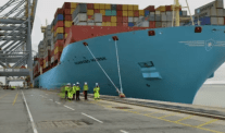 Time-Lapse: River Thames Record-Holder MV Munkebo Maersk Docks at London Gateway