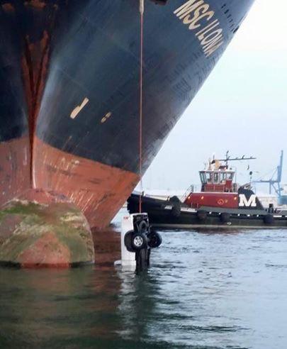 ship line handling incident