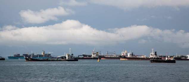 malacca singapore ships