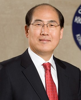 Mr, Ki-tack Lim of the Republic of Korea
