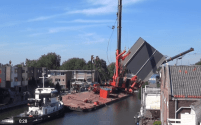 Scary Video Shows Giant Cranes Collapse in Small Dutch Canal – Incident Photos and Video