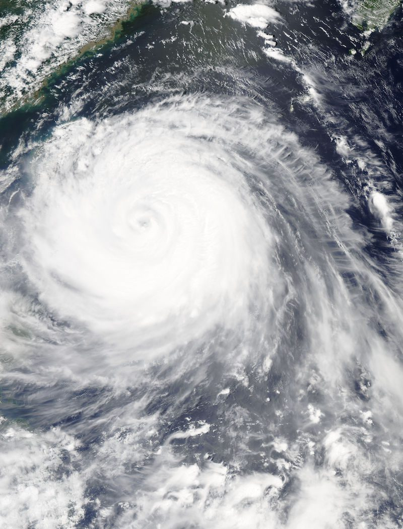 The MODIS instrument aboard NASA's Aqua satellite flew over Typhoon Soudelor on Aug. 7, 2015, at 4:40 UTC (12:40 a.m. EDT) as it was approaching Taiwan. Credits: NASA Goddard's MODIS Rapid Response Team
