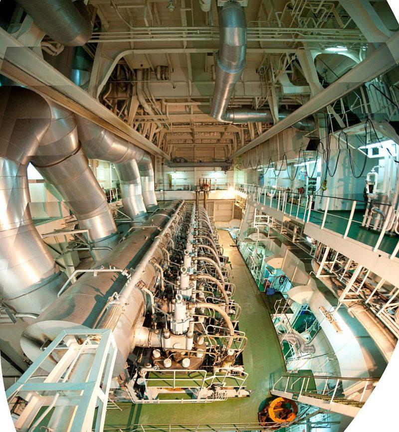 Containership Engineroom