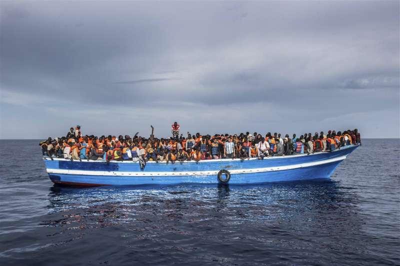 mediterranean refugees