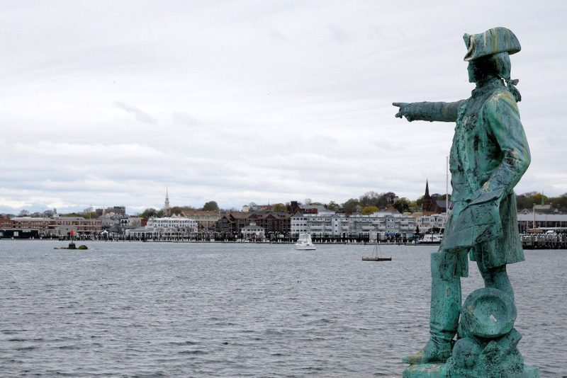 A statue of the 18th century French Count de Rochambeau points towards the harbor where researchers believe they have found the wreck of Captain James Cook's ship the Endeavour in Newport, Rhode Island, May 4, 2016. REUTERS/Brian Snyder