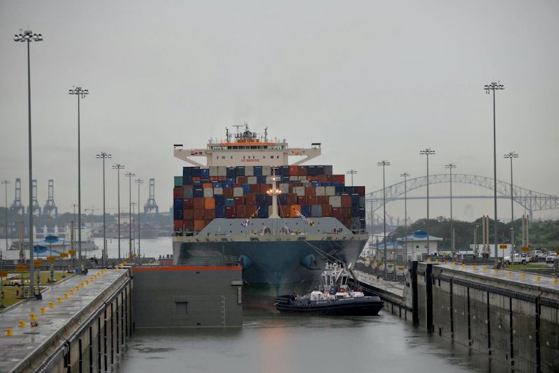 The first neopanamax containership, MOL Benefactor, transits the expanded Panama Canal, July 1, 2016. Photo: Panama Canal Authority