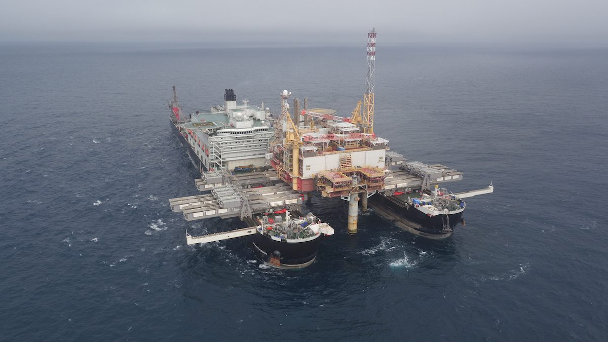 Pioneering Spirit completes first commercial project