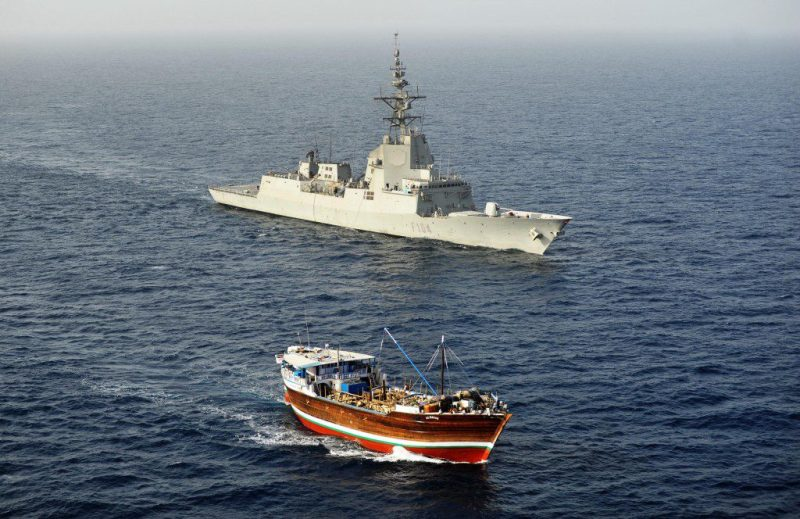 The Spanish Navy frigate ESPS Méndez Núnez chases down a suspected pirate mothership off the coast of Somalia in February 2013. Photo: EU Naval Force Somalia