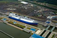 U.S. Shifts LNG Exports to Asia as Arb Opens Up