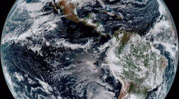 Photos: NOAA's New Weather Satellite Sends First Images Back to Earth