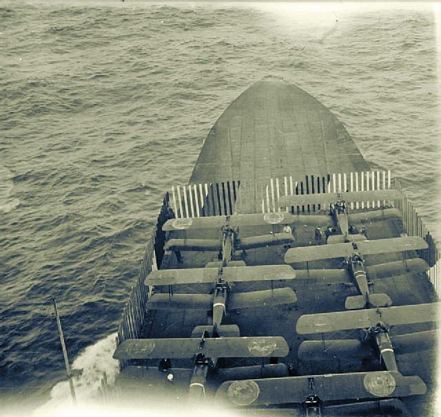 HMS_Furious_Tondern_Raid_1918