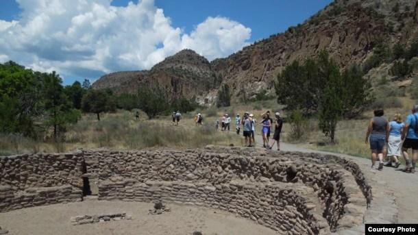 Công viên núi đá Bandelier, Los Alamos (ảnh Bùi Văn Phú)