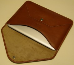 Gear Diary The Beyza Cases MacBook Air Thinvelope Leather Case Review photo