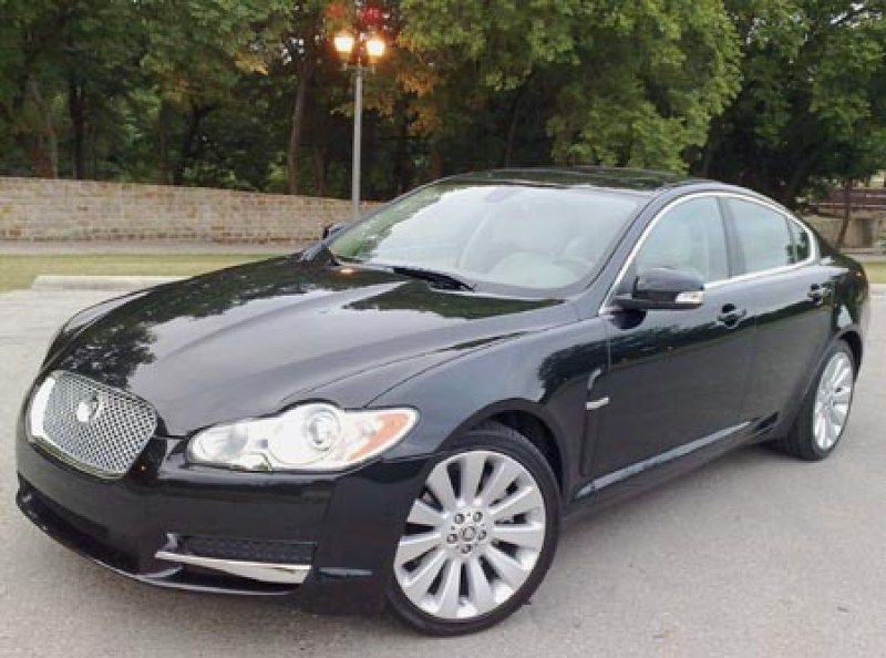2009 Jaguar XF – new cat in town
