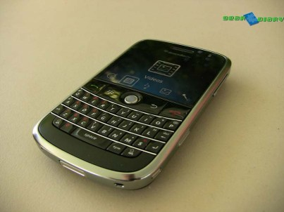blackberrybold19