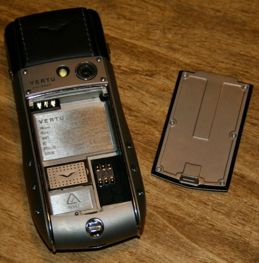 geardiary_vertu_ascent_ti_unboxing_15