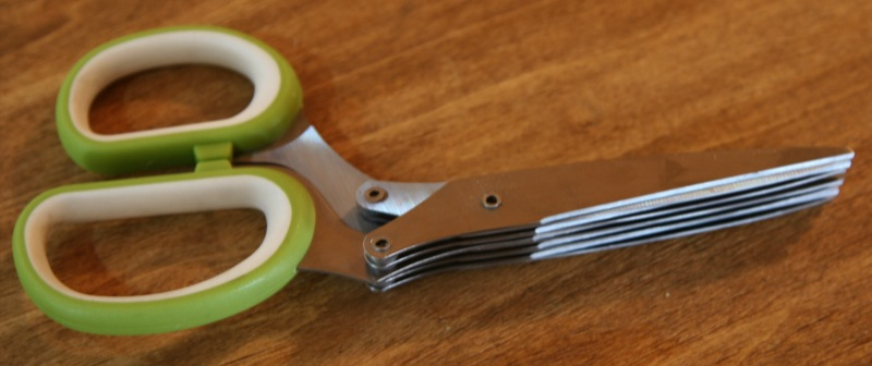 geardiary_useful_things_herb_scissors_07